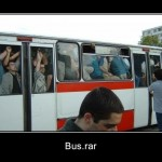 Așa am fi arătat noi de afară în microbuze